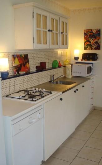 Location de vacances - Gîte à Melgven - Le coin cuisine
