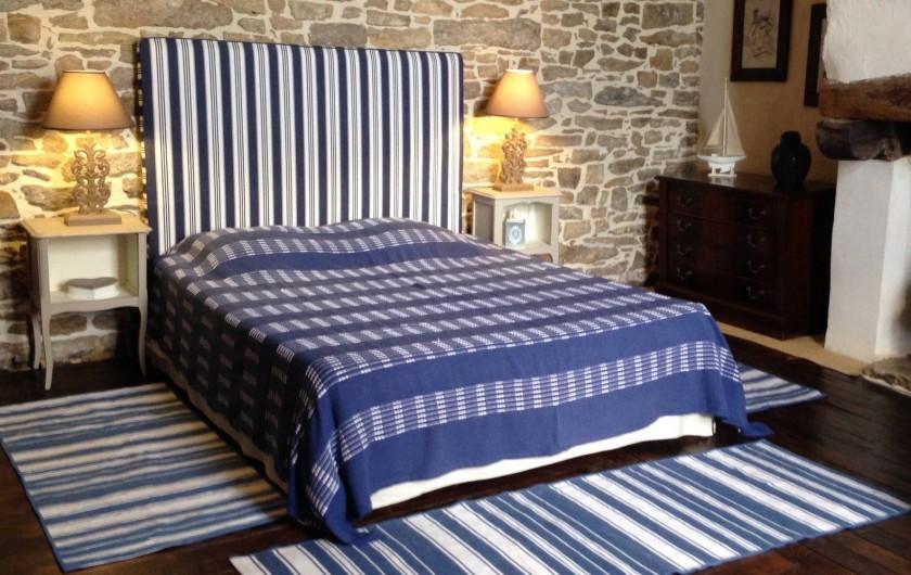 Location de vacances - Gîte à Melgven - La chambre au premier côté grand lit 160 x 200