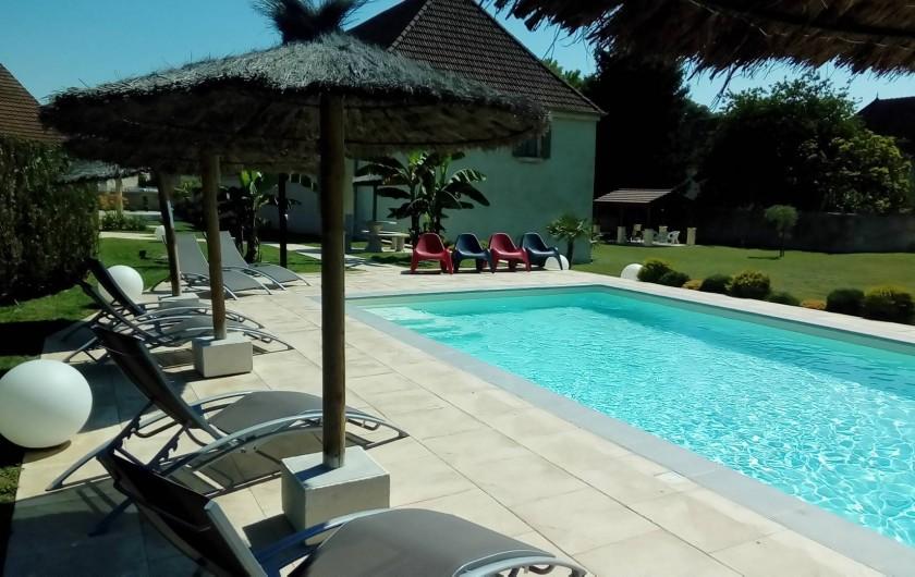 Location de vacances - Maison - Villa à Beaujeu-Saint-Vallier-Pierrejux-et-Quitteur - Piscine