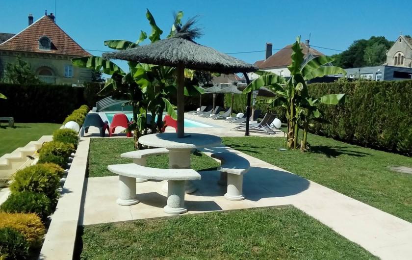 Location de vacances - Maison - Villa à Beaujeu-Saint-Vallier-Pierrejux-et-Quitteur - Piscine - espace détente
