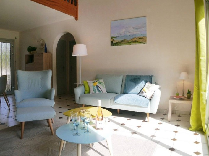 Location de vacances - Maison - Villa à Fouesnant - Coin séjour avec assises pour 6 personnes