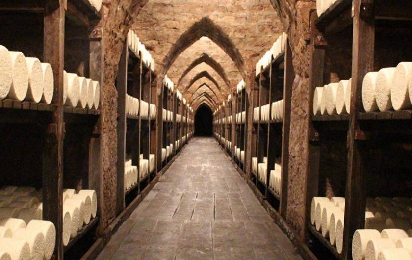 Location de vacances - Gîte à Millau - Les caves de Roquefort