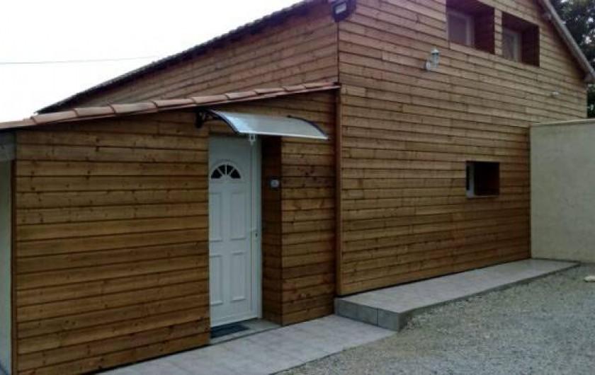 Location de vacances - Maison - Villa à Manosque - Façade grange, entré LOFT