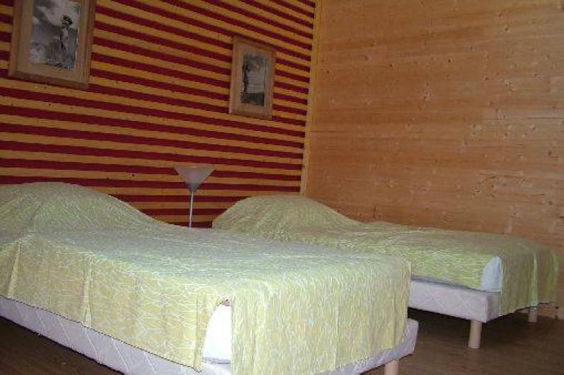 Location de vacances - Villa à Saint-Sulpice-les-Champs - CHAMBRE ETAGE