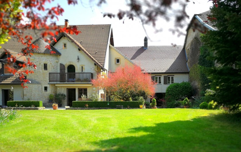 Location de vacances - Gîte à Sancey-le-Grand - la maison Côté parc