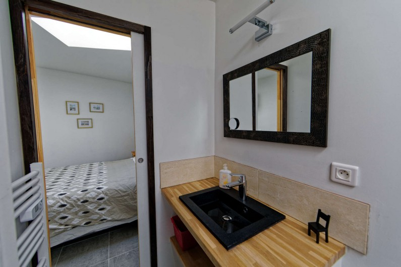 Location de vacances - Villa à Les Sables-d'Olonne - Salle d'eau parentale avec wc