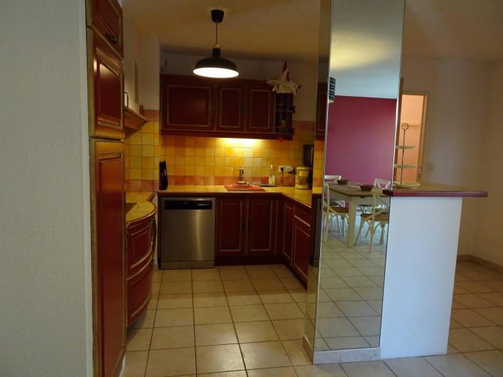 Location de vacances - Appartement à Aigues-Mortes - Cuisine