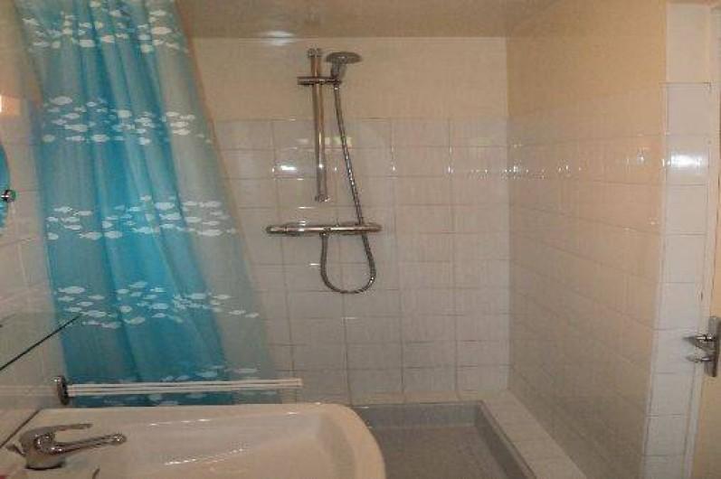 Location de vacances - Appartement à Cancale - douche