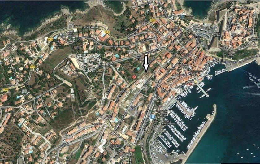 Location de vacances - Appartement à Calvi - Situation près de la zone piétonne, commerces et restaurants du port