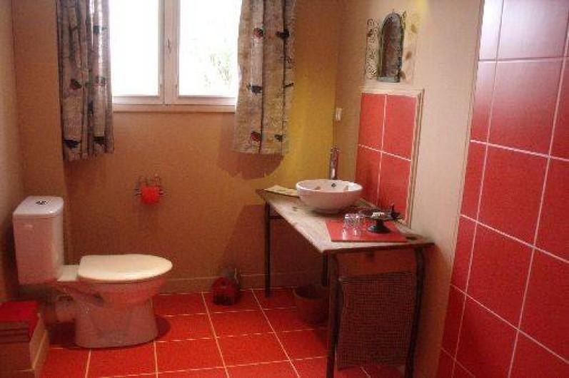 Location de vacances - Gîte à Pont-l'Évêque - Douche rez-de-chaussée (douche à l'italienne + toilette + lavabo)