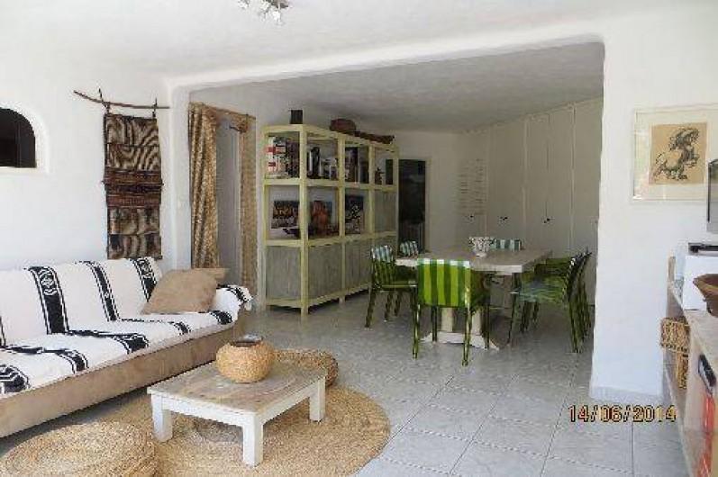 Location de vacances - Appartement à Banyuls-sur-Mer - salon, salle à manger