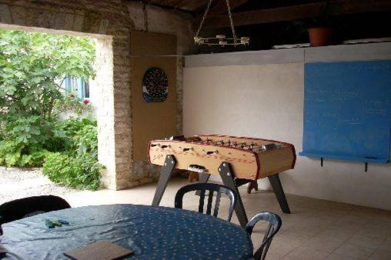 Location de vacances - Maison - Villa à Dolus-d'Oléron - chai ouvert sur le jardin
