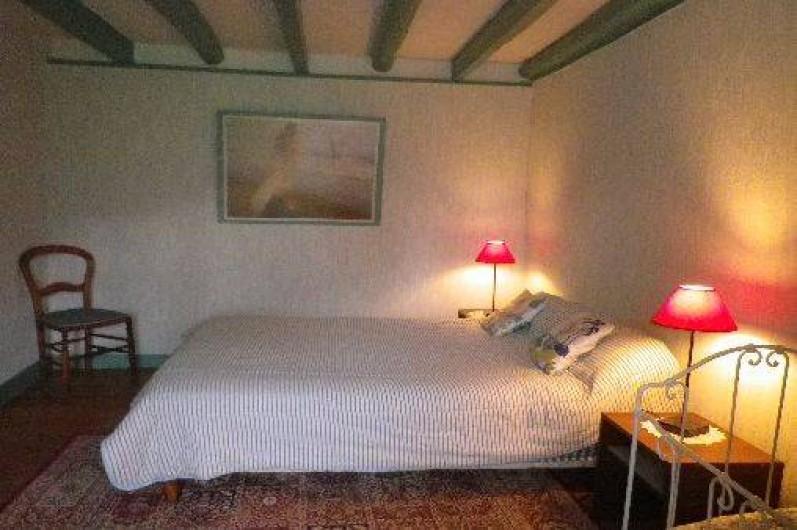 Location de vacances - Gîte à Saint-Nectaire - Chambre 1er étage