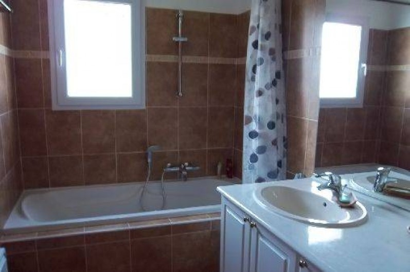 Location de vacances - Villa à Cotignac - Salle de bain
