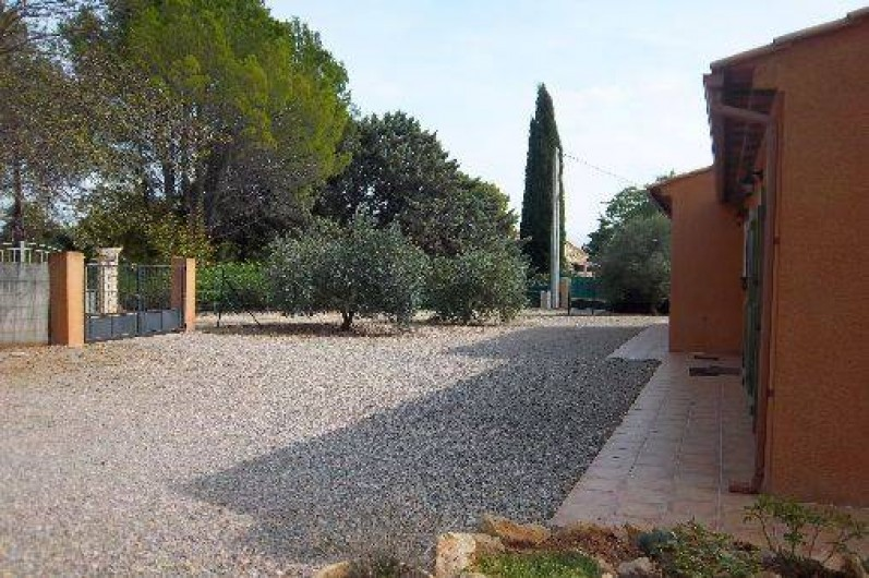 Location de vacances - Villa à Cotignac - Parking