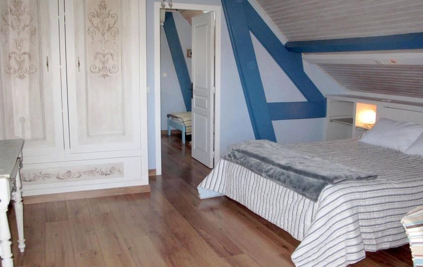 Location de vacances - Chambre d'hôtes à Habas - Suite familiale Océean : un couple et deux enfants.