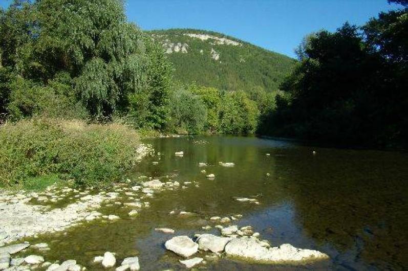 """Location de vacances - Camping à Barjac - Bord du Camping """" Le LOT"""""""