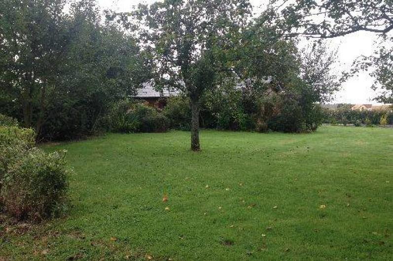 Location de vacances - Chalet à Grigneuseville - terrain arboré