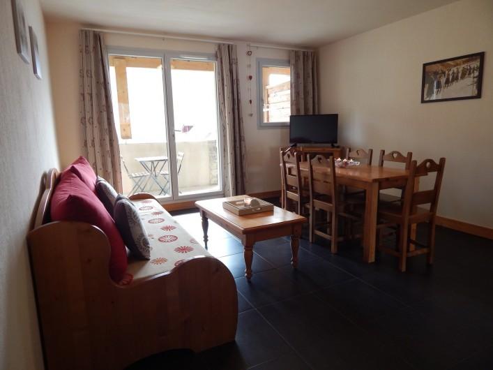Location de vacances - Appartement à Loudenvielle - Le salon/séjour.