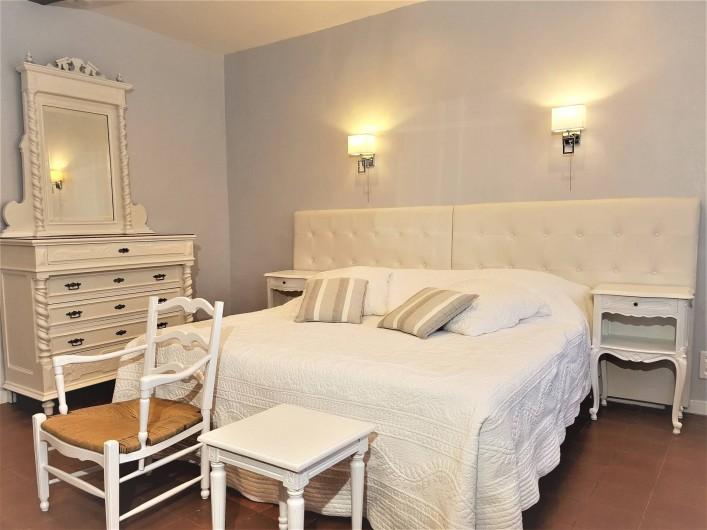 Location de vacances - Chambre d'hôtes à Grasse - La chambre des roses.
