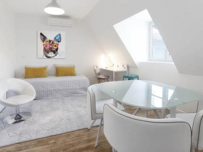 Location de vacances - Appartement à Montignac - Le noir et blanc
