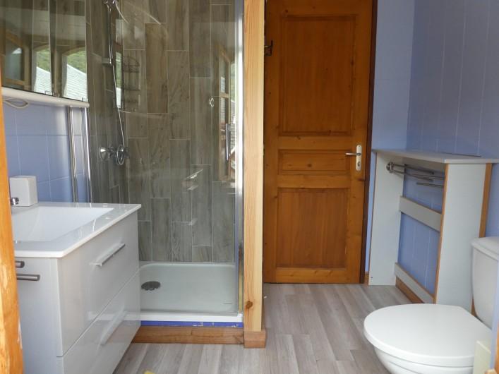 Location de vacances - Chalet à Vielle-Louron - salle d eau 1er etage