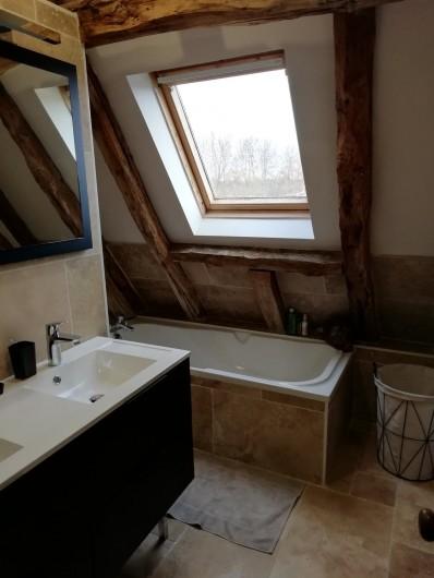 Location de vacances - Gîte à Pezuls - salle de bain