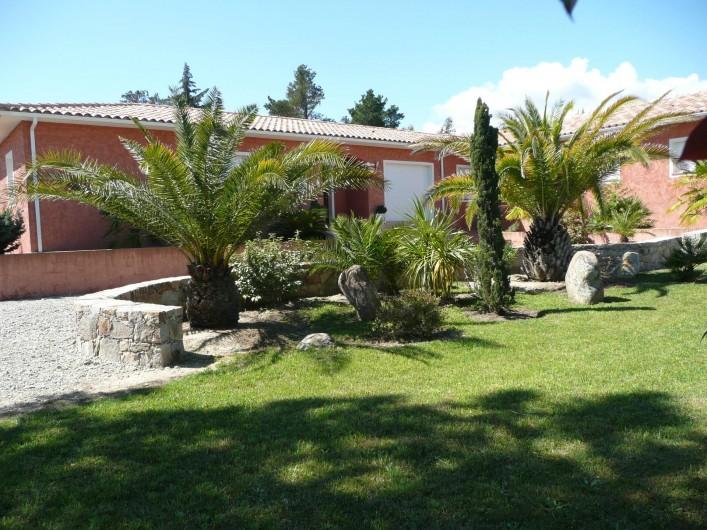 Location de vacances - Villa à Solaro - Côté Nord avec place de parking