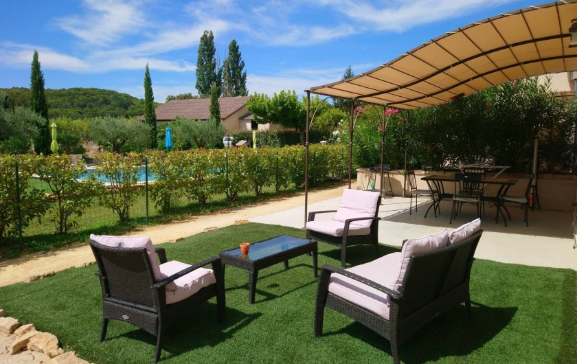 Location de vacances - Gîte à Piolenc - Terrasse LA MAISON D'HUBERT
