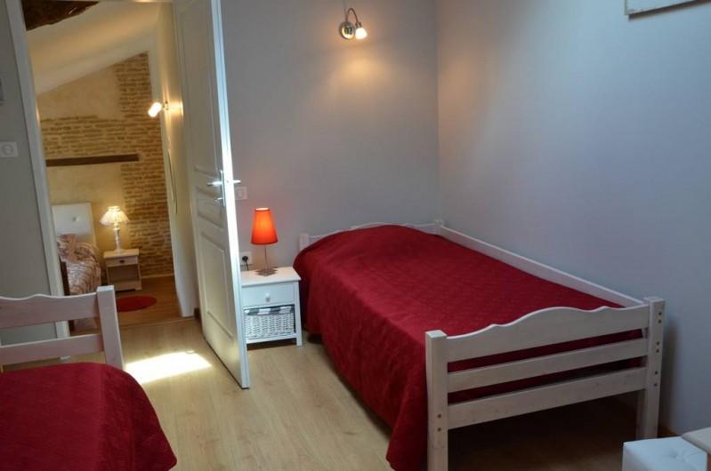 Location de vacances - Chambre d'hôtes à Auty - Chambre familiale Mésange 2 couchage 90/190