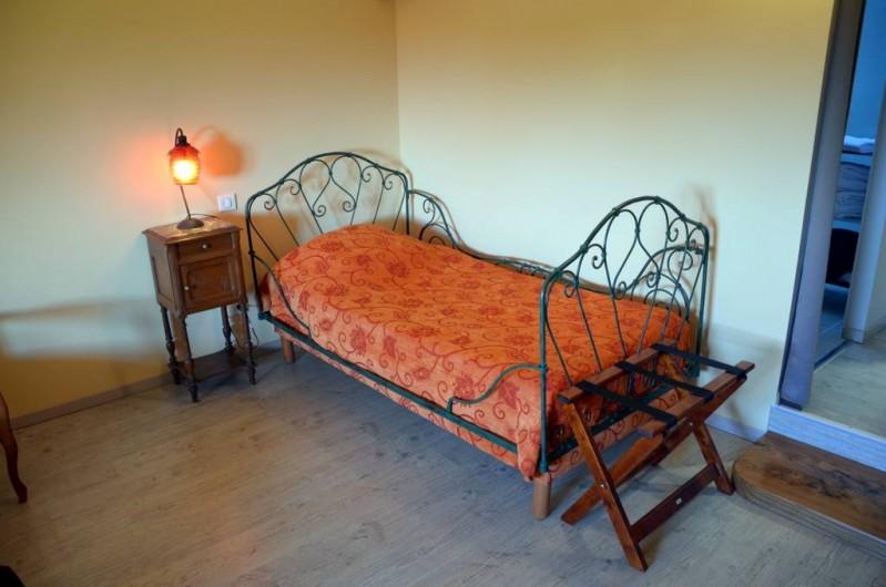 Location de vacances - Chambre d'hôtes à Auty - Couchage 90 dans la chambre Hirondelle