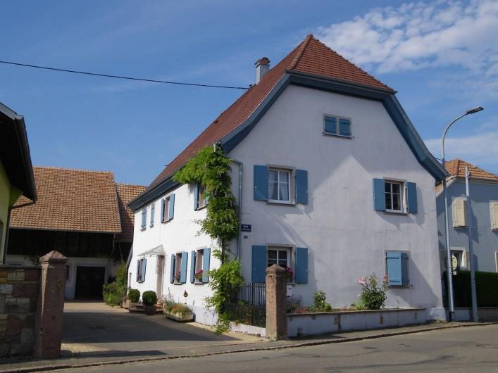 Location de vacances - Gîte à Rumersheim-le-Haut - MAISON DEPUIS LA RUE
