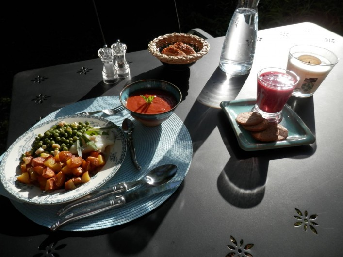 Location de vacances - Chambre d'hôtes à Faycelles - ...un menu jardinier...