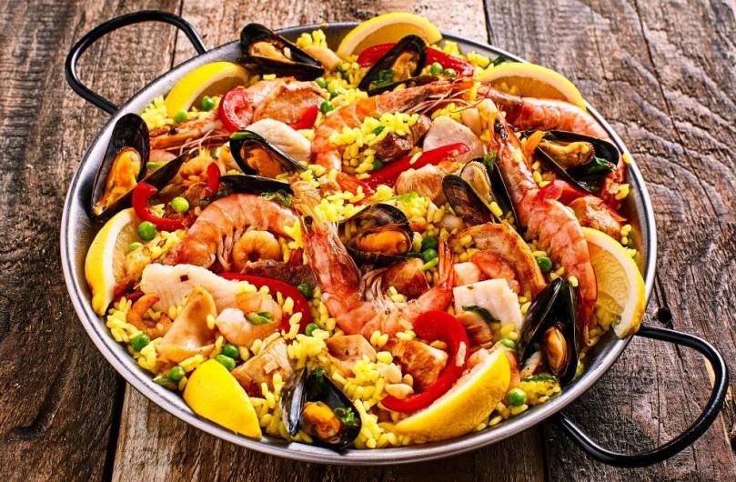 Location de vacances - Appartement à Valence - le plat tradicionnel