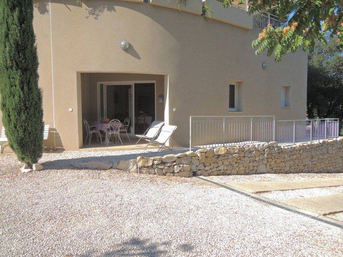 Location de vacances - Appartement à Villeneuve-lès-Avignon - L'extérieur
