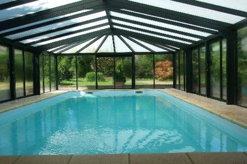 Location de vacances - Maison - Villa à Franchesse - La piscine couverte