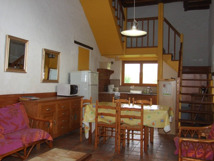 Location de vacances - Maison - Villa à Franchesse - Séjour aile droite