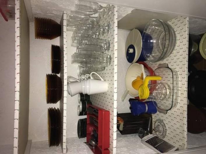 Location de vacances - Villa à Sainte-Lucie de Porto-Vecchio - Placard vaisselle