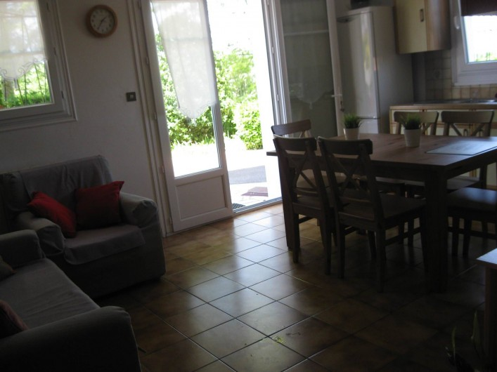 Location de vacances - Appartement à Ahetze - coin canapé  télévision