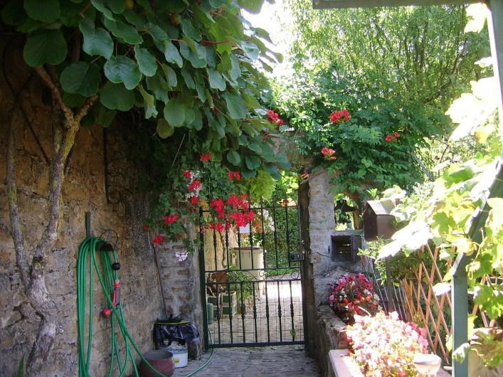 Location de vacances - Chambre d'hôtes à Pupillin - le jardin