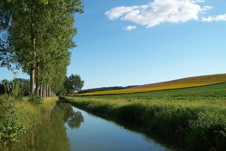 Location de vacances - Chambre d'hôtes à Seysses-Savès - Le canal