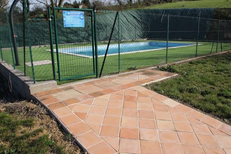 Location de vacances - Chambre d'hôtes à Seysses-Savès - La piscine