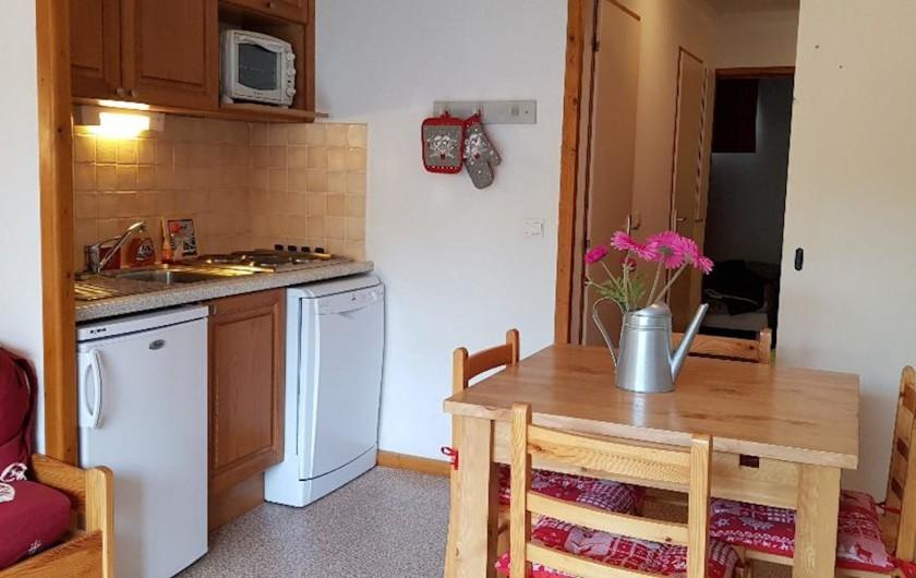 Location de vacances - Appartement à La Joue du Loup - le coin cuisine