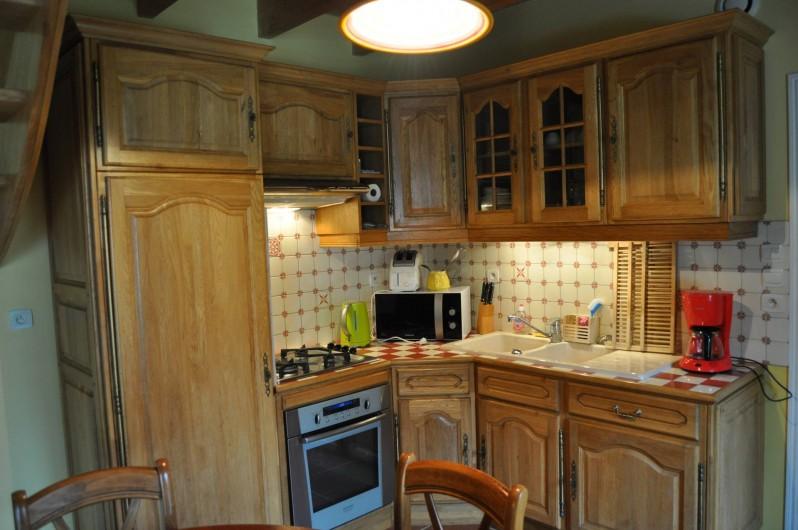 Location de vacances - Gîte à Lanvellec - Ty Nevez - cuisine intégrée