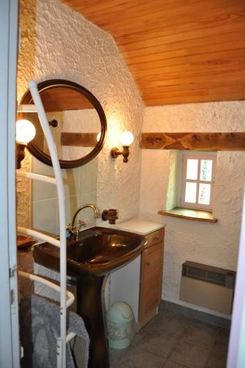 Location de vacances - Gîte à Lanvellec - Ty Coz - salle de bain