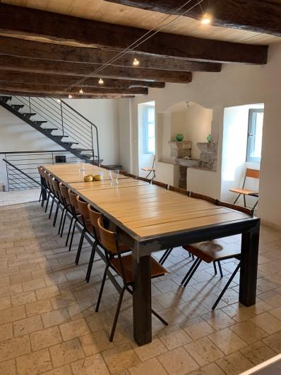 Location de vacances - Gîte à Saint-Antonin-Noble-Val - cour intérieure