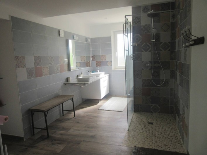 Location de vacances - Maison - Villa à Fourcès - SALLE D'EAU DOUCHE A L'ITALIENNE
