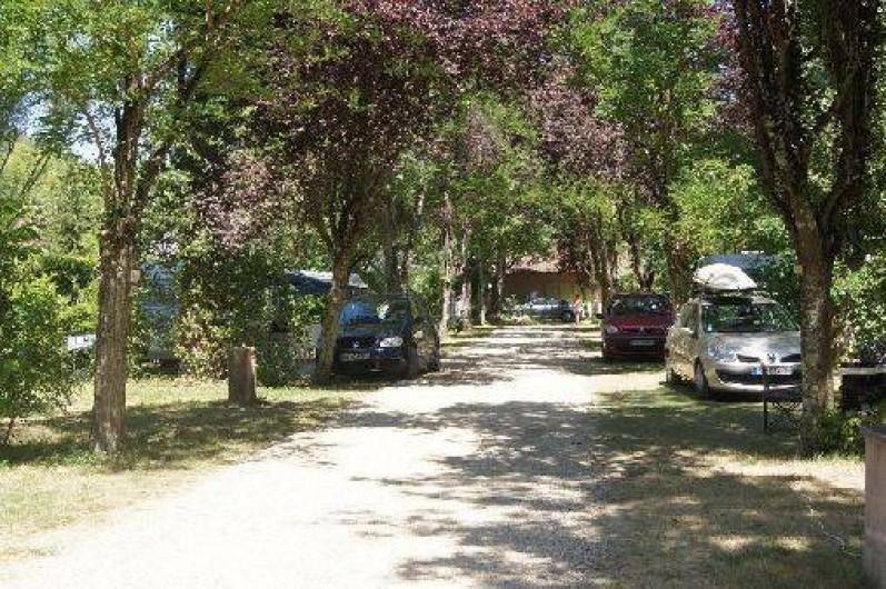 Location de vacances - Camping à Damiatte - emplacement nu tente caravane ou camping car