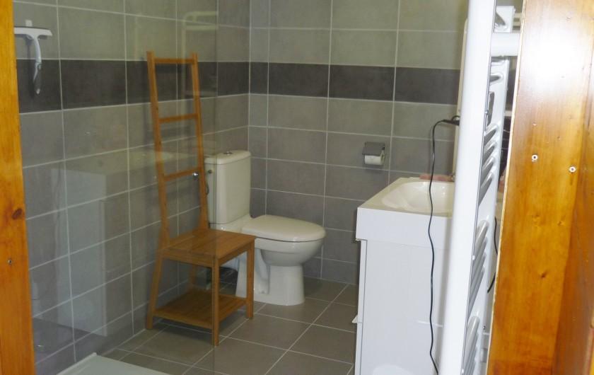 Location de vacances - Chambre d'hôtes à Gerbépal - Salle de Bain: Goéland