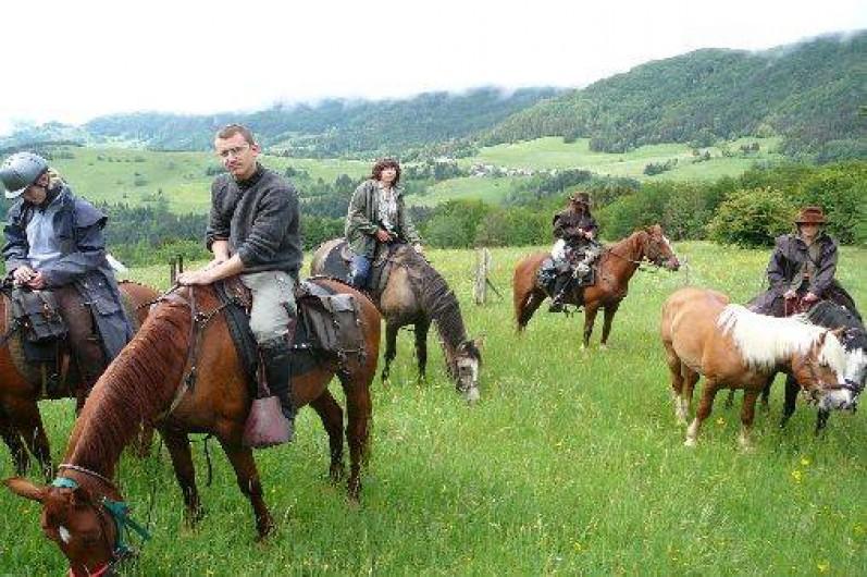 Location de vacances - Gîte à Saint-Vincent-de-Mercuze - Possibilité de balade à cheval à moins de 500m
